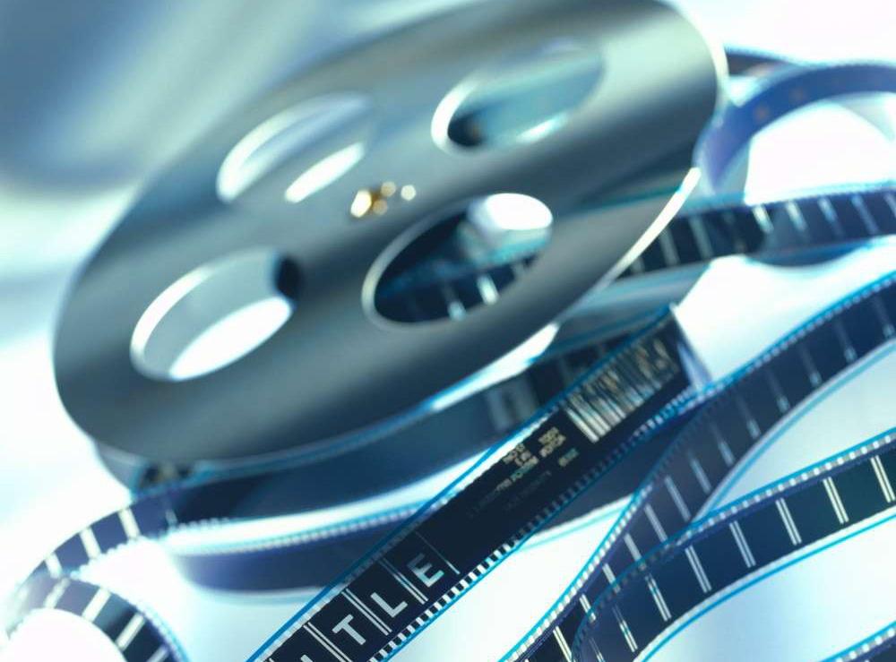 一般而言,电影预算是指电影拍摄的全部投资,包含影片剧本稿费,影片