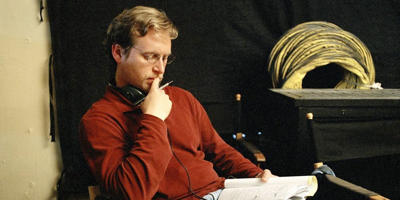 和迈克尔·贝合作多次的编剧伊伦·克鲁格