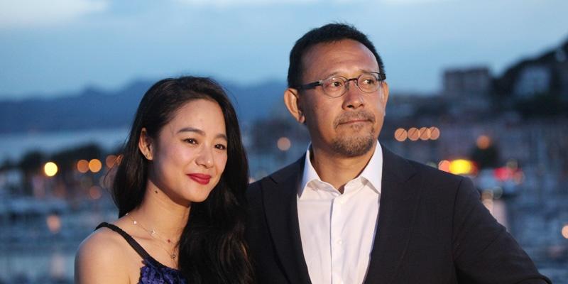 内地导演姜文(右)和他的妻子周韵