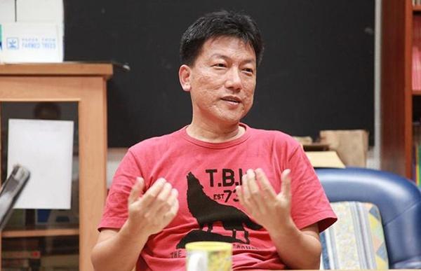 台湾电影中心执行长林文淇,图片来源于台湾中央大学学生会官网