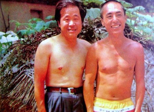 《红高粱》导演张艺谋与原著作者莫言